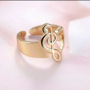 Jewelry - 🆕 18k gold plated music note clef ring